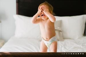 joc peek a boo sau cucu bau