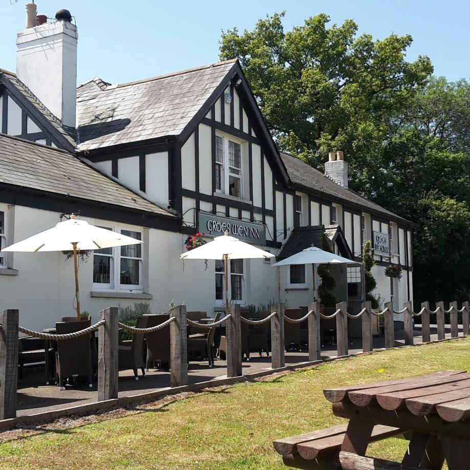 povesti-despre-hoteluri-si-birturi-din-Wales