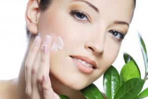diferenta-dintre-produse-cosmetice-si-produse-dermato